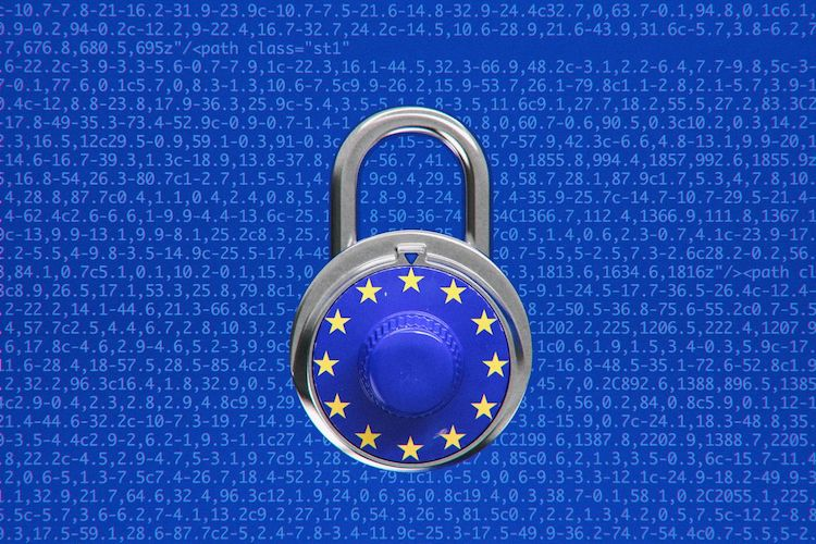 Novy_kontroverzny_novy_autorsky_zakon_v_EU_je_rovnako_jasny_ako_bahno