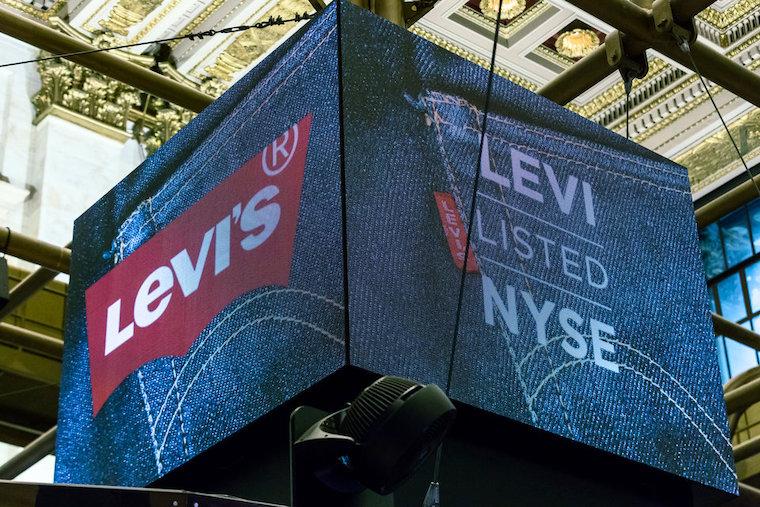 Mega_IPO_v_roku_2019_levi