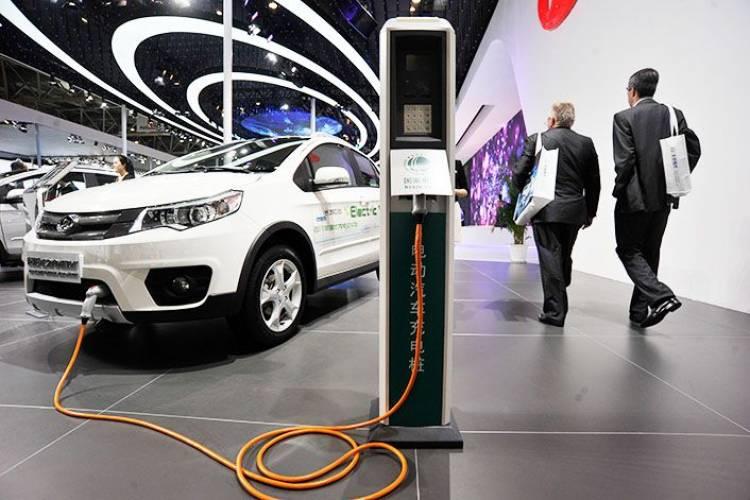 Predaj_elektromobilov_v_Cine_budu_pokracovat_aj_napriek_znizeniu_dotacii