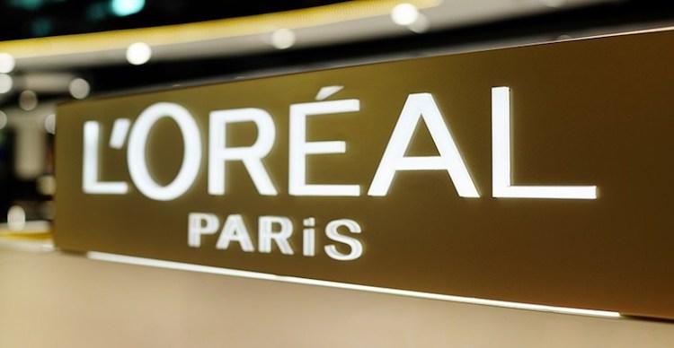 Značka krásy L'Oreal využíva umelú inteligenciu na pomoc pri výbere najlepších kandidátov pre zamestnanie.