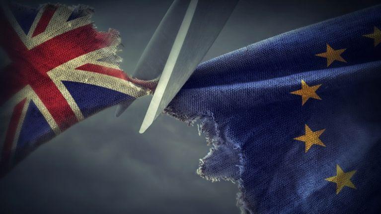 Takmer_pol_miliona_britskych_firiem_celí_vyznamnym_financnym_obmedzeniam