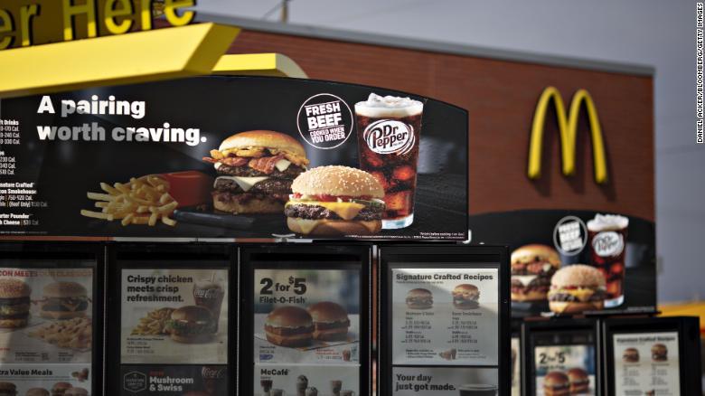 McDonald_s_zacala_pouzivat_cerstve_maso_Tu_je_to_co_sa_stalo_s_predajmi