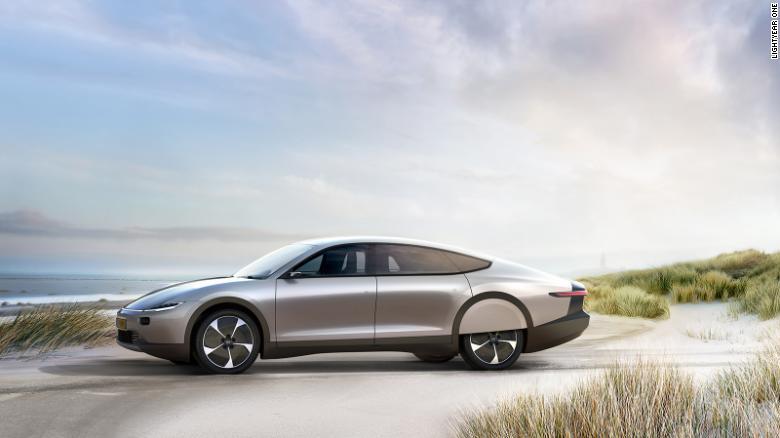 Holandska_spolocnost_vyvija_ciastocny_solarny_automobil