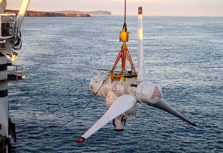 Tento obrázok ukazuje turbínu AR1500. Dve z týchto turbín sa stále používajú v zariadeniach projekte tvorby energie morských prúdov - MeyGen.