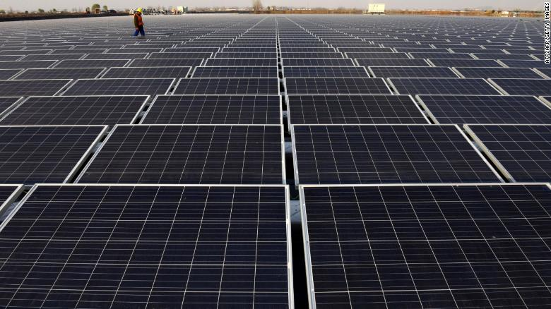 Čína výrazne investuje do obnoviteľných zdrojov energie.