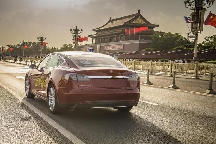 Tesla_do_30_augusta_v_Cine_zvysi_ceny_po_eskalacii_obchodnej_vojny