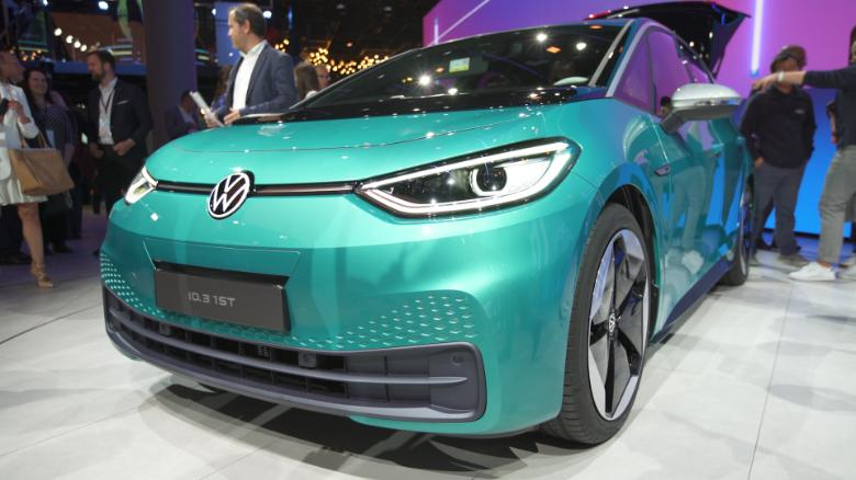Audi_odstrani_7500_pracovnych_miest_aby_uvolnila_peniaze_pre_elektromobily