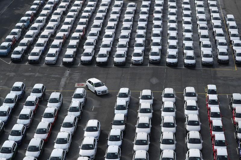 Celosvetovy_predaj_automobilov_s_hroznými_vysledkami_Co_to_znamena_pre_vyrobu