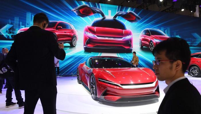 Cina_znizuje_svoje_dotacie_na_elektricke_vozidla