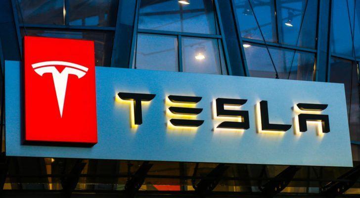 Investorka_v_najhorsom_pripade_ocakava_zdvojnasobenie_akcii_Tesla