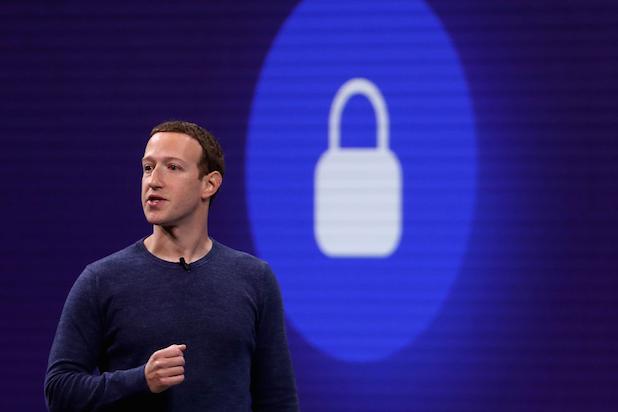 Facebook_na_bezpecnost_a_lietadla_Marka_Zuckerberga_minul_23_miliona