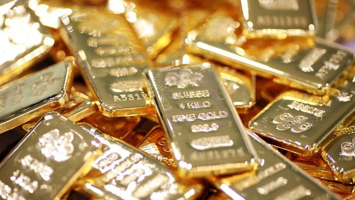 Rast cien zlata.