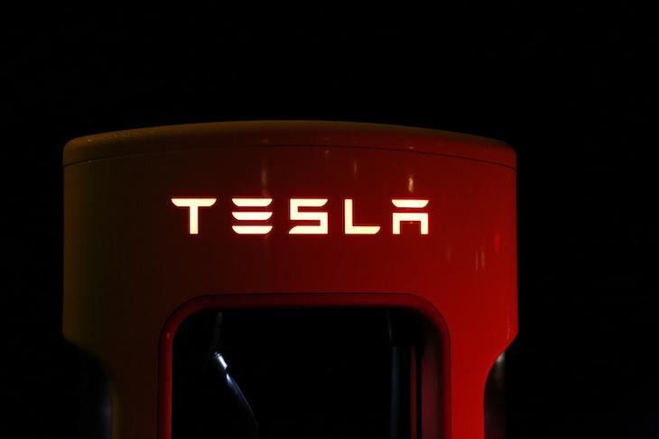 Preco_ma_Tesla_tak_obrovsku_vyhodu_v_oblasti_baterii