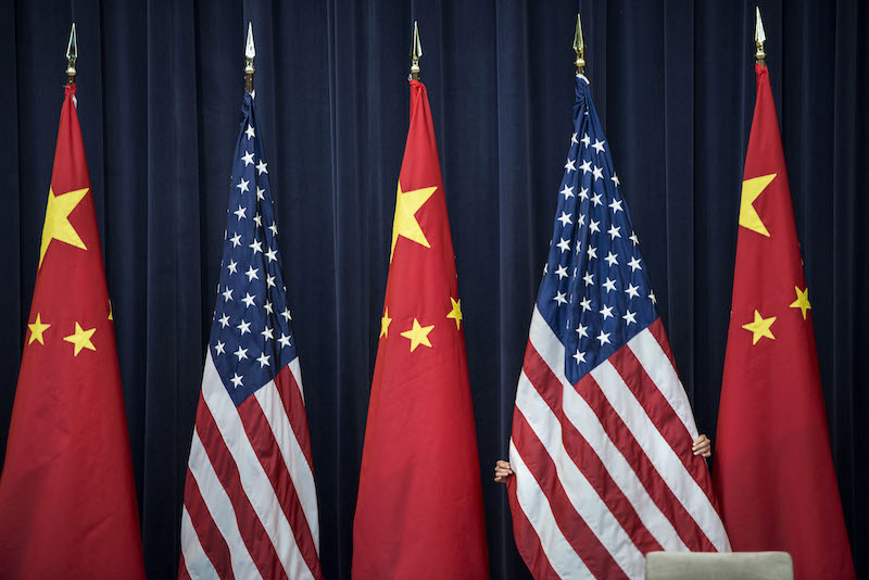 Líderstvo USA vo svete je spochybňované.