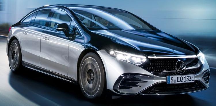 Elektromobil luxusného sedanu triedy S od značky Mercedes-Benz (vo vlastníctve skupiny Daimler).