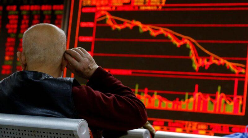Akcie naprieč celým trhom sa dostali do razantných strát.