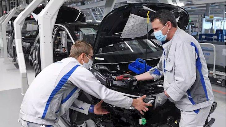 CEO-Ford-Niekedy-nam-v-tovarnach-chyba-az-20%-zamestnancov