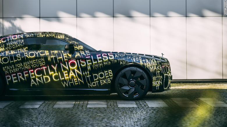 Elektromobil značky Rolls-Royce - Spectre.