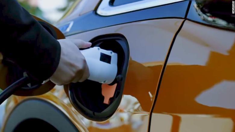 GM-Prechod-na-elektricky-pohon-pomoze-zdvojnasobit-nase-trzby