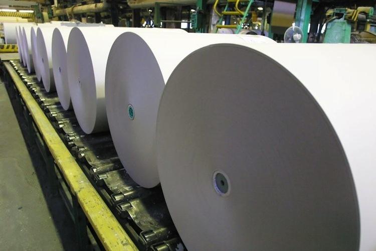 Kriza-je-uz-aj-v-oblasti-vyroby-papiera