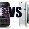 Akcie a smartphony firiem BlackBerry a Apple išli svojou cestou