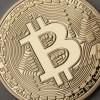 Miliardár má vo virtuálnych menách Bitcoin a Ether 10% majetku