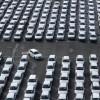 Celosvetový predaj automobilov s hroznými výsledkami. Čo to znamená pre výrobu?