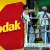 Akcie Kodak prepadli o 30% po pozastavení pôžičky vo výške $765 mil.