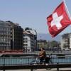 Švajčiarske mesto Ženeva zaviedlo minimálnu mzdu 3700 frankov mesačne