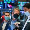Nádeje na vakcínu vytvárajú na trhoch víťazov a porazených